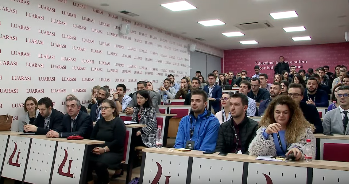 "Screenshot_2019-11-11 ""Selection Bootcamp"", aktiviteti inovativ në Universitetitn ""Luarasi"" nga Uplift Albania - YouTube(2)"